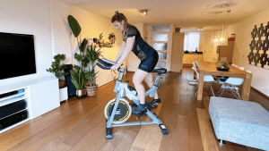 Stéfani Warning: Spinning from the comfort of your home Bluefin Fitness